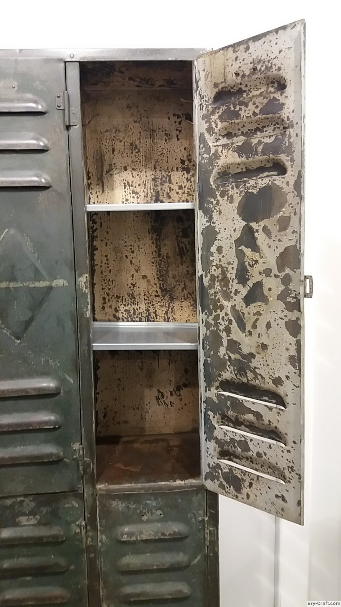 Industrial 6 doors metal locker nice patina victor for 12 door lockers